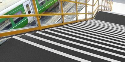 Obrazek Trans-Edge - system modułów do łączenia schodów i podłóg