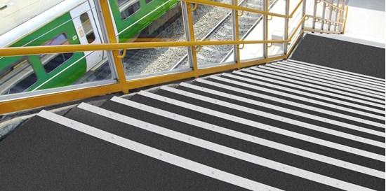 Picture of Trans-Edge - system modułów do łączenia schodów i podłóg