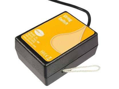 Picture of String Switch – przewodowy przycisk do urządzeń elektrycznych i elektronicznych