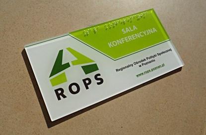 Изображение Etykiety i tabliczki z napisami brajlowskimi oraz NFC